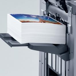 Folha Impressão Laser Couchê 31x45cm 4x0 cores  Sem refile